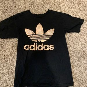 Double sided Adidas Gold logo T-Shirt  SZ:Small